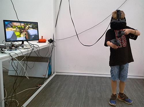 VR_roboua